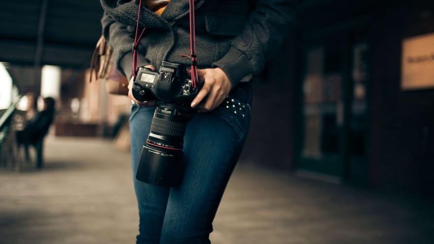 Free-Shooting-Canon-EOS-Wallpaper