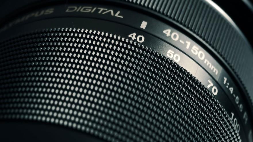 lens-1210652_960_720