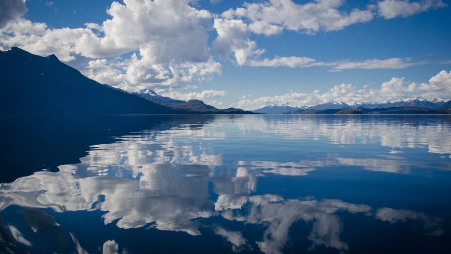 lake-430508_1920