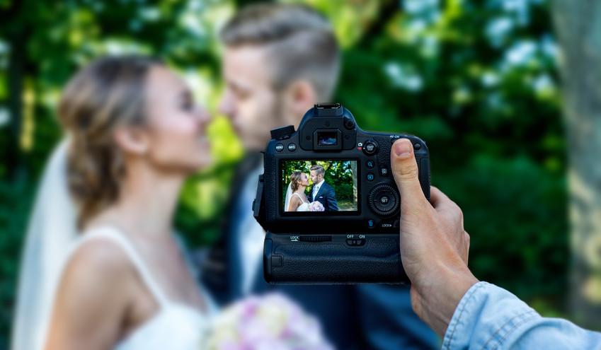 sprzet do fotografii ślubnej