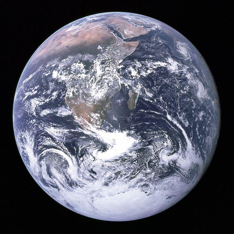 Fotografia Ziemi wykonana z pokładu Apollo 17 dnia 7 grudnia 1972 roku. / Źródło: NASA