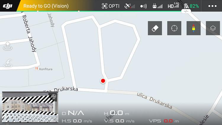 Warto pamiętać, że bez złapania sygnału z satelit GPS, nasz dron nie będzie w stanie określić i przypisać punktu HomePoint, tak jak to wygląda na powyższym zdjęciu