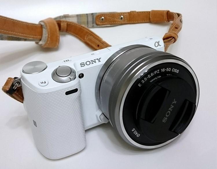 camera-616396_1280