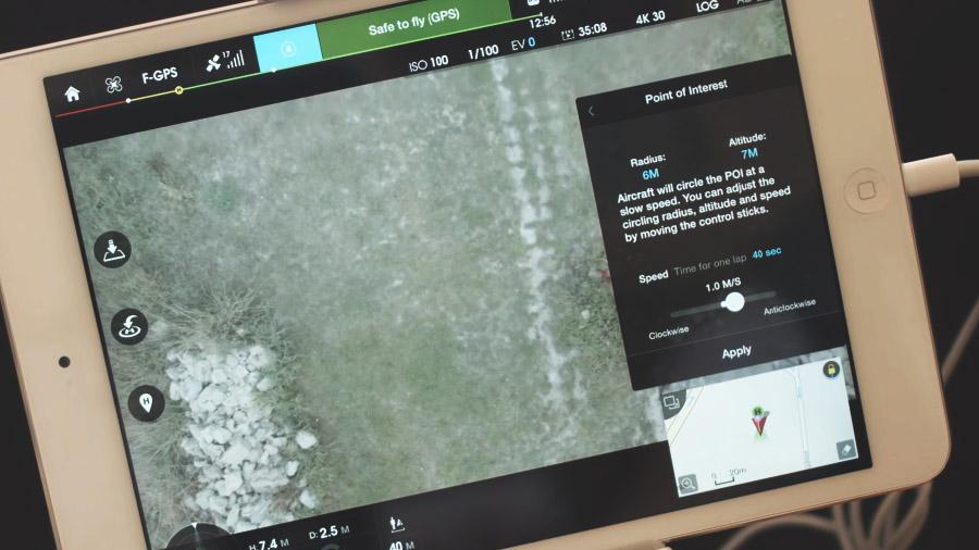 Tryb orbitowania w dronach DJI wywołujemy z pozycji menu – Intelligent Flight Modes – Point of Interest