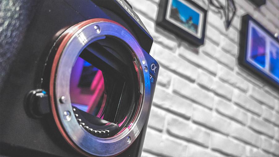 Matryca pełnoklatkowa w aparacie A7S, umożliwiająca redukcję szumów i wyciąganie informacji w obrazie nawet w całkowitych ciemnościach.