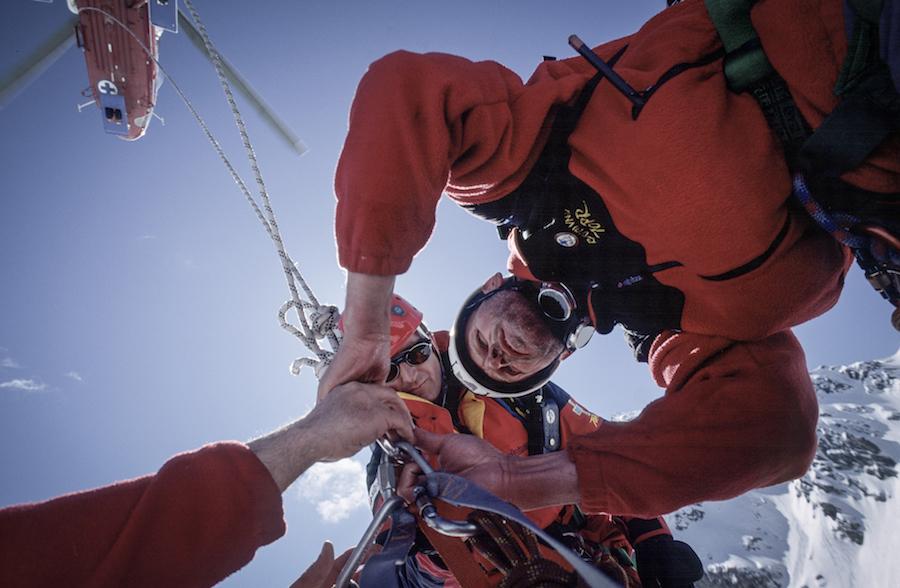 Zestaw do profesjonalnej fotografii - Ratownicy TOPR w trakcie akcji szkoleniowej;