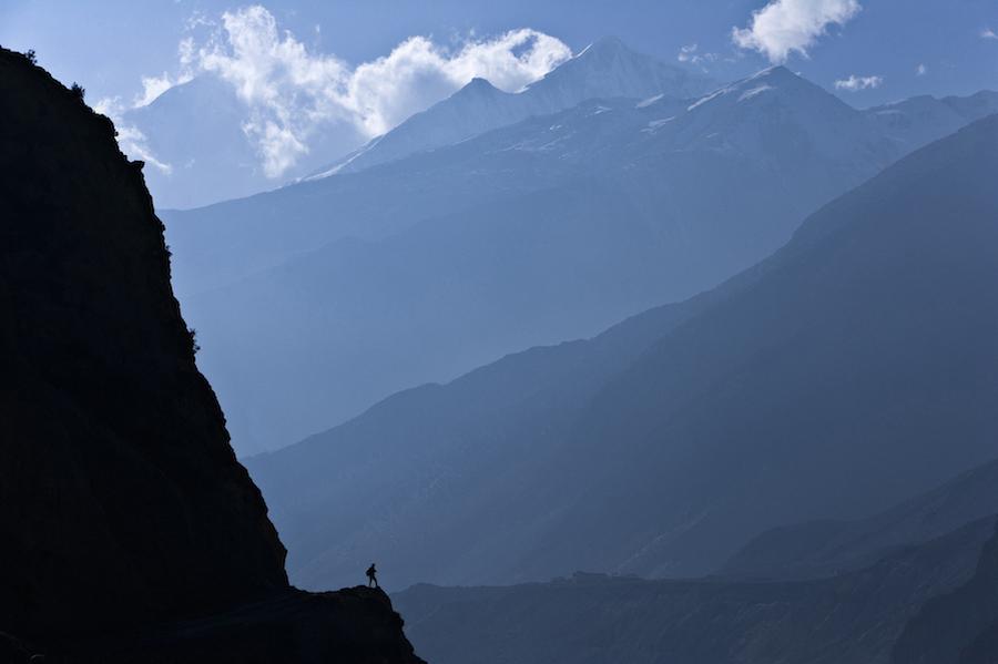 70-200 mm, zwłaszcza jasny - f2.8 to bardzo użyteczny, uniwersalny obiektyw. Nepal, 2008