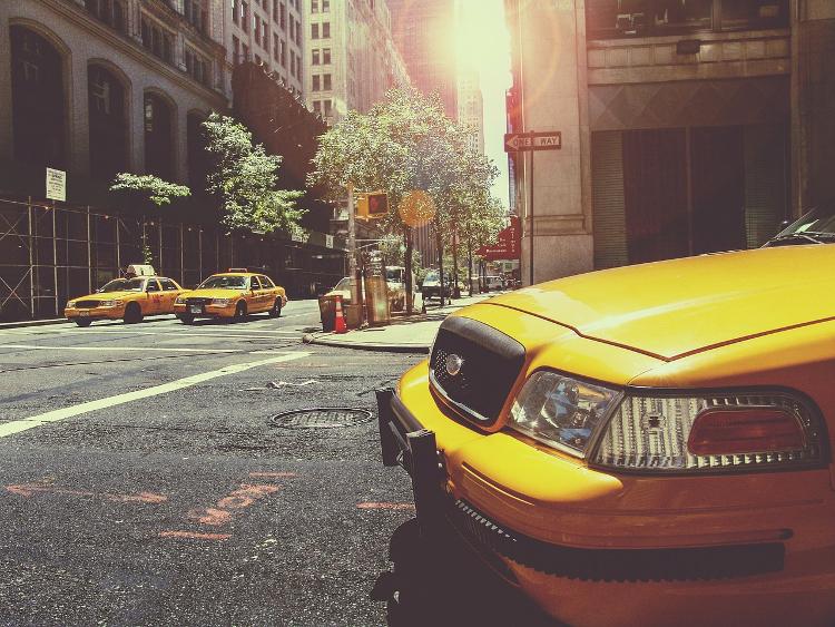 fotografia miejska nowojorskie takstówki