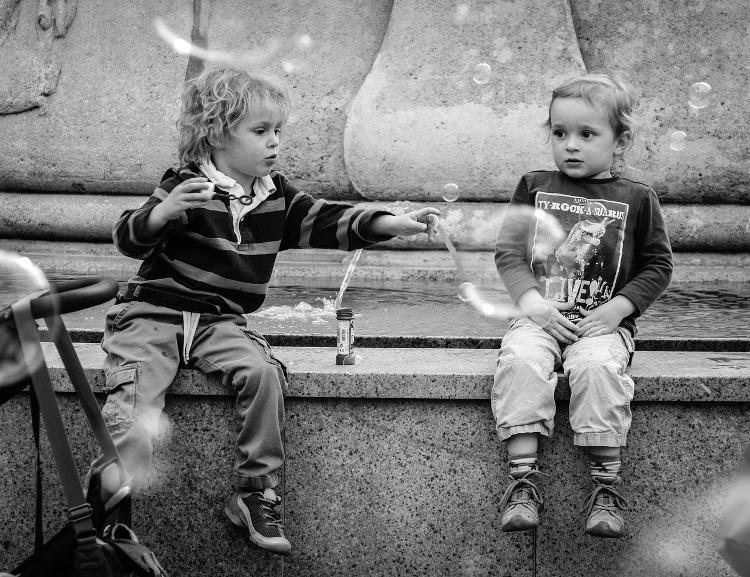 fotografia miejska street photo dzieci