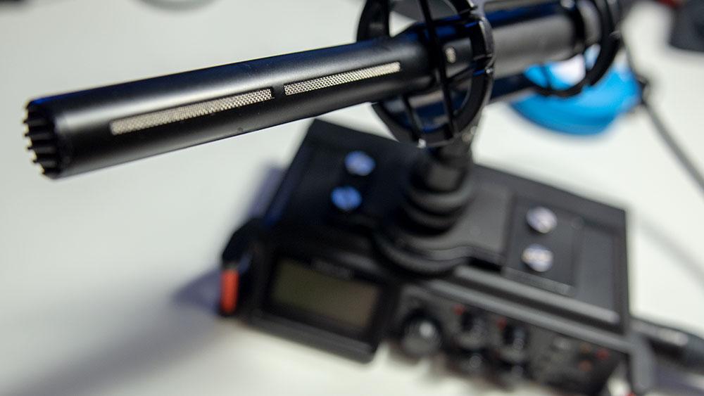 Mikrofon w elastycznym uchwycie
