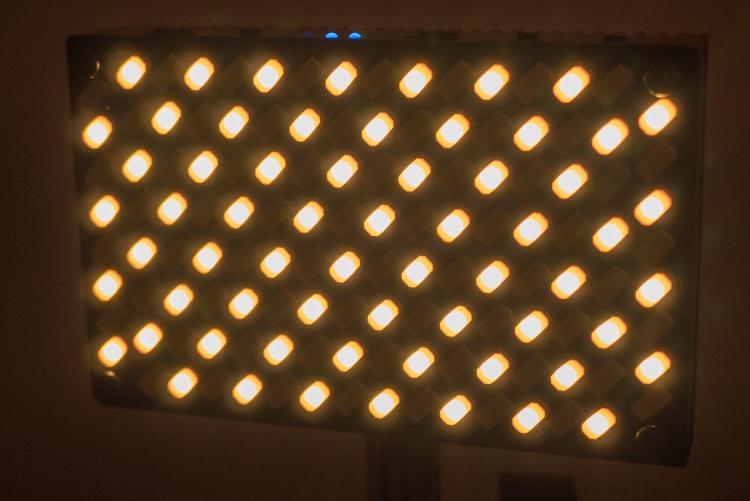 diody światła halogenowego