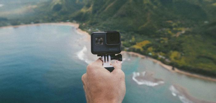 Kamera w ręku selfie