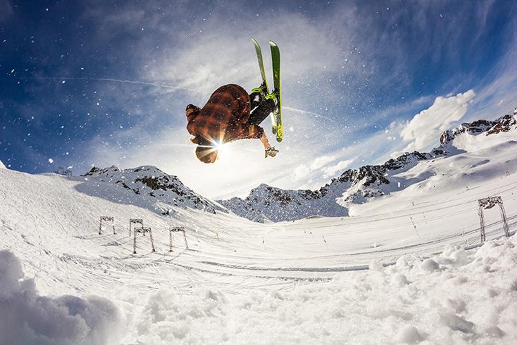 fotografowanie zima narciarz rybie oko