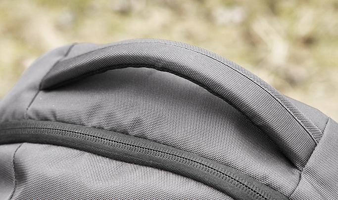 plecak fotograficzny uchwyt reczny