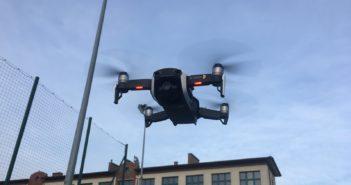 ciekawe funkcje dronów