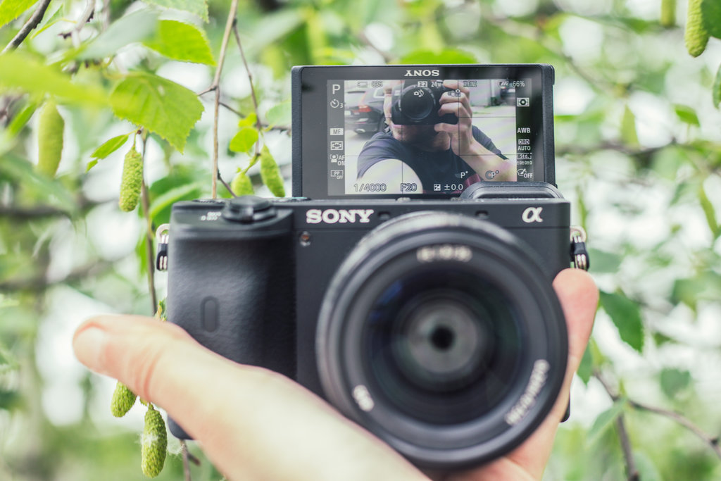 Sony A6600 aparat do vlogowania