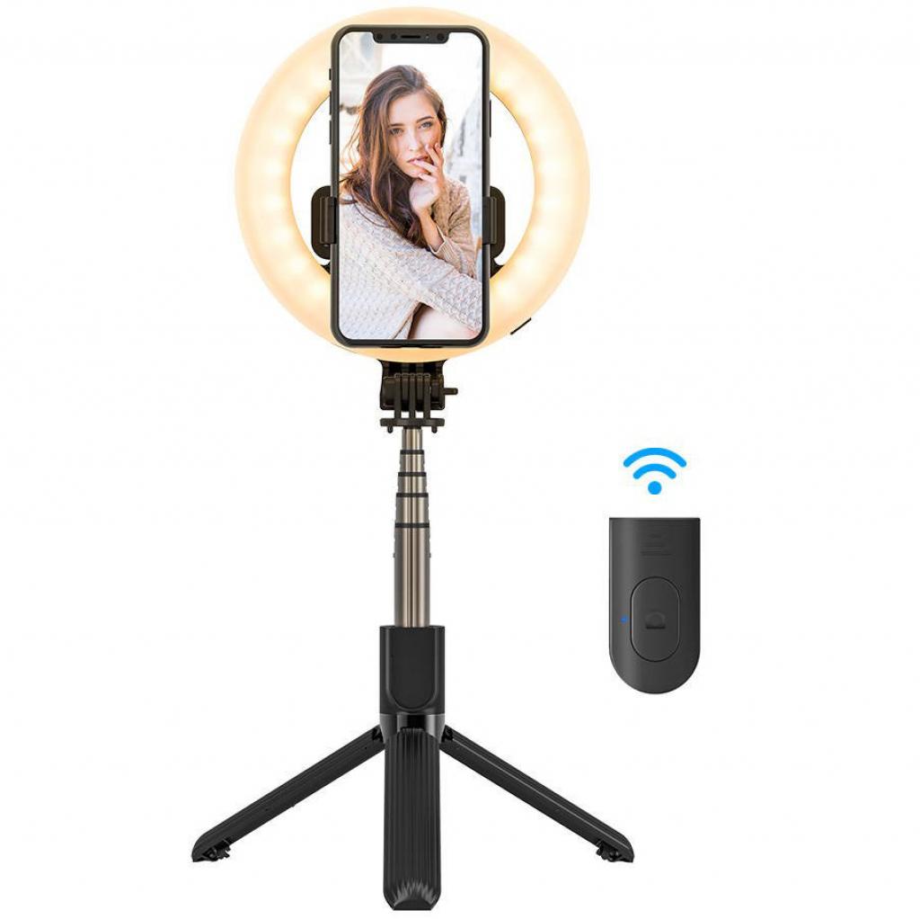 BlitzWolf BW-BS8 Pro selfie stick z lampą pierścieniową i pilotem. Lampa w tym modelu posiada 3 kolory światła, ciepłe, neutralne i chłodne, które możemy zmieniać w zależności od warunków.