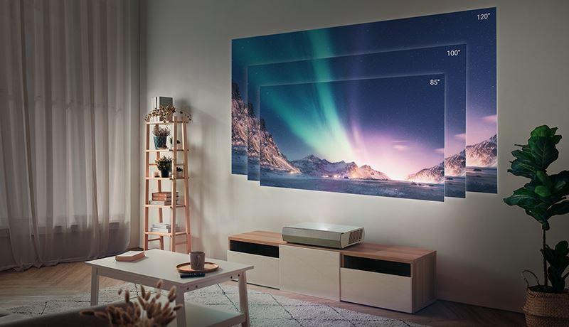 Świetnym kandydatem do kina domowego jest projektor 4K taki jak np. Optoma CinemaX P2.